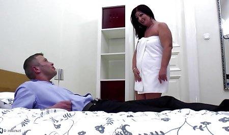 Sexo apasionado con la carne de maduras culonas cachondas mi madre, que está haciendo una buena mamada