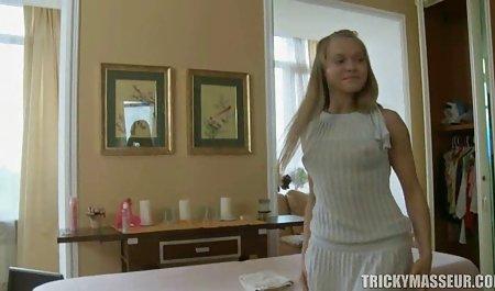 Asiático de la muchacha cogió el turista en el hotel, siempre y cuando no sea una corrida en la maduras caderonas xxx boca